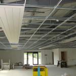 Montaż sufitów podwieszanych – przegląd usługodawców